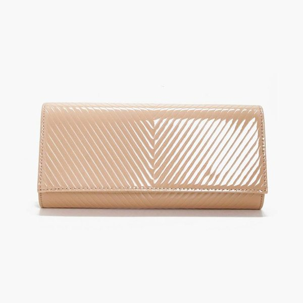 BOOHOO Amy Patent Quilted Clutch in cream - Add attitude with accessories for those fashion-forward...