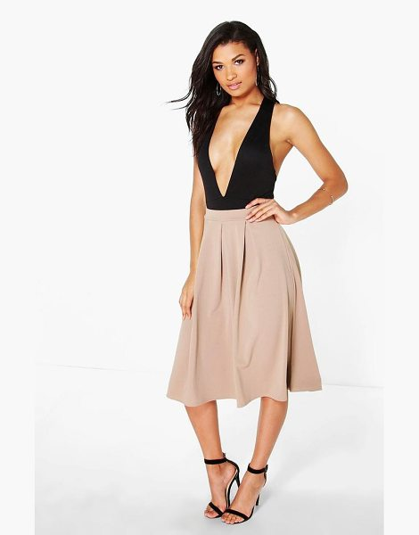 Boohoo Basic Box Pleat Midi Skirt in sand - Skirts are the statement separate in every wardrobe This...