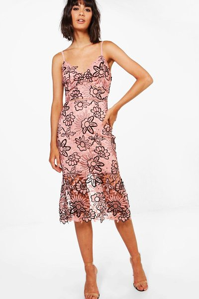Boohoo Boutique Isa Floral Lace Back Midi Dress in blush - Boutique Isa Floral Lace Back Midi Dress blush