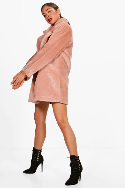 Boohoo Chelsea Faux Fur Coat in blush