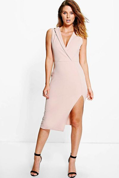 BOOHOO Daniella Tux Style Midi Dress - Get dance floor-ready in an entrance-making evening...