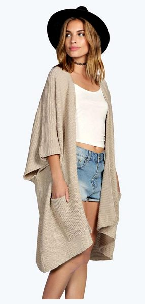 Boohoo Flora Pocket Cape Cardigan in khaki - Nail new season knitwear in the jumpers and cardigans...