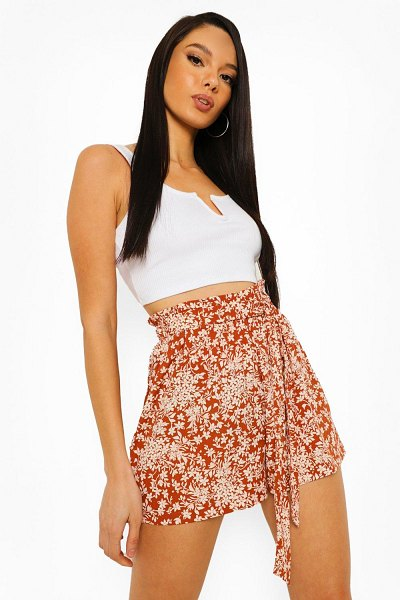 Boohoo Floral Belted Flippy Shorts in brown