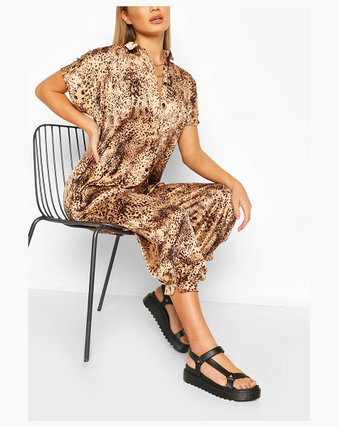 Boohoo Floral Print Jumpsuit in stone