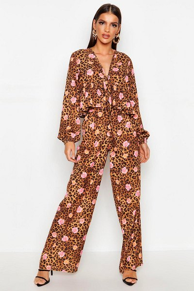 Boohoo Floral Ruffle Blouse in leopard