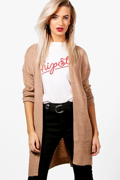 Boohoo Freya Longline Edge To Edge Cardigan in camel - Nail new season knitwear in the jumpers and cardigans...