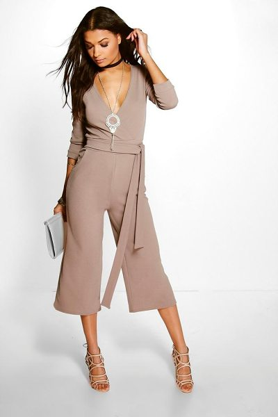 Boohoo Roll Sleeve Relaxed Culotte Jumpsuit in mocha - Jump start your new season wardrobe with the always chic...