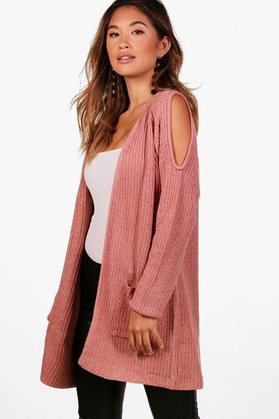 Boohoo Kerry Cold Shoulder Edge To Edge Cardigan in rose - Nail new season knitwear in the jumpers and cardigans...