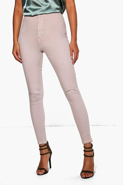 Boohoo Lara High Rise Knee Rip Tube Jeans mocha in mocha - Jeans are the genius wear-with-anything wardrobe...