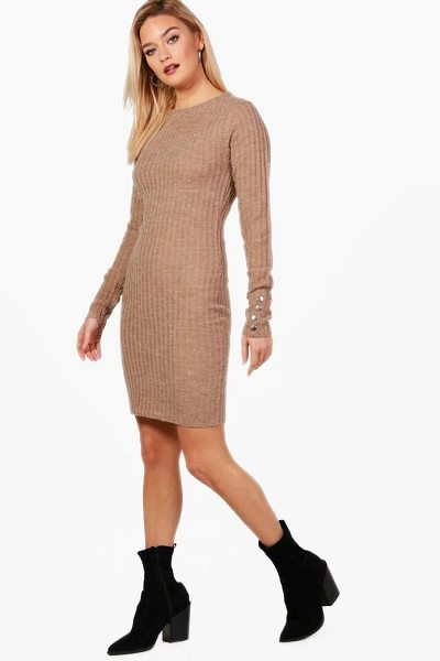 Boohoo Knitted Rib Midi Dress in camel - Nail new season knitwear in the jumpers and cardigans...