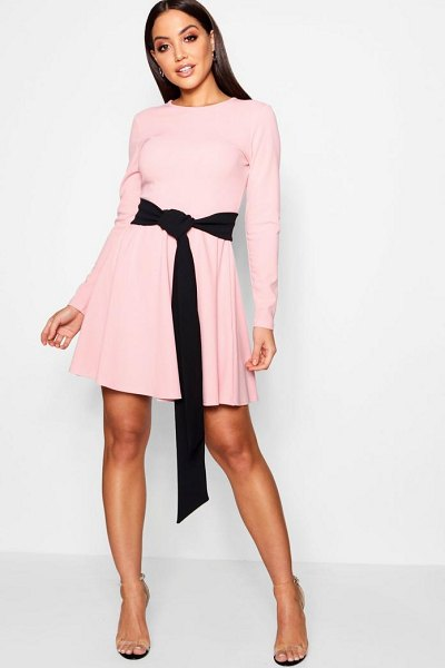 Boohoo Long Sleeve Contrast Belt Skater Dress in pink