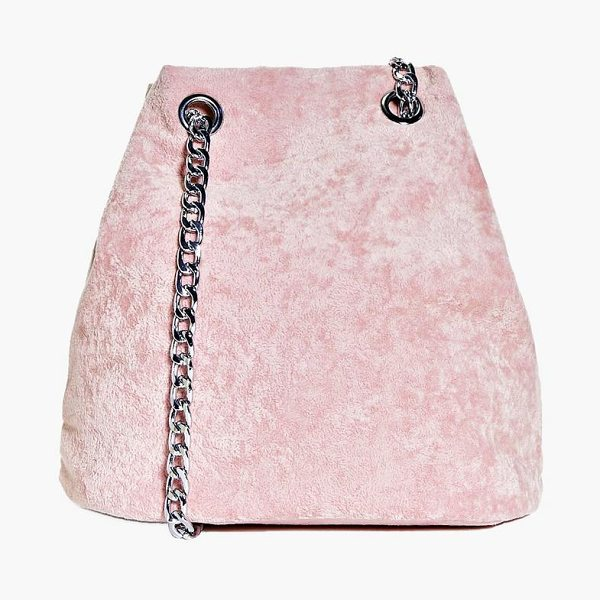 Boohoo Maria Crushed Velvet Chain Cross Body Bag in pink
