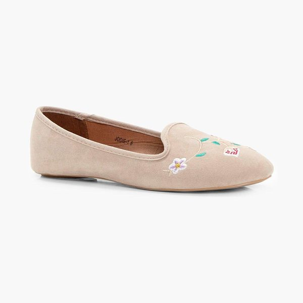 Boohoo Megan Flower Embroidered Slipper in nude