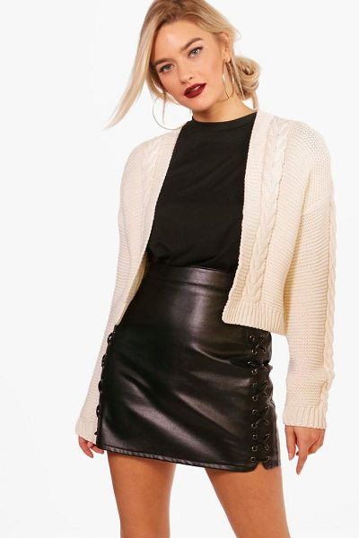 Boohoo Millie Cable Knit Crop Cardigan in cream - Nail new season knitwear in the jumpers and cardigans...
