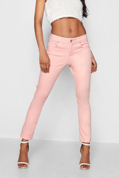 Boohoo Light Pink Skinny Jeans in pink - Jeans are the genius wear-with-anything wardrobe...