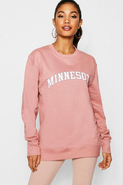 Boohoo Minnesota Slogan Sweat in dusky pink - Steal the style top spot in a statement separate from...