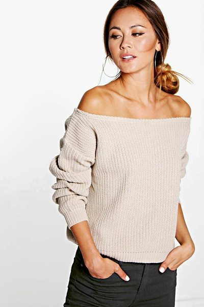 Boohoo Natalie Slash Neck Crop Fisherman Jumper in stone - Nail new season knitwear in the jumpers and cardigans...