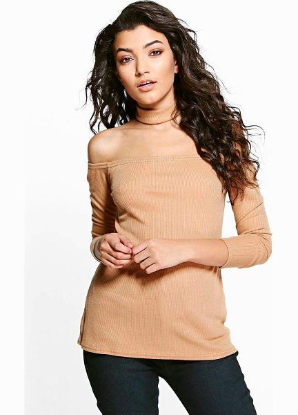 Boohoo Niamh Bardot Detachable Choker Jumper in tan - Nail new season knitwear in the jumpers and cardigans...