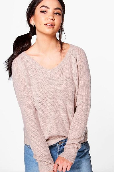 Boohoo Poppy Crop Knit Jumper in beige - Nail new season knitwear in the jumpers and cardigans...