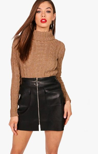 Boohoo Ria Marl Cable Knit Chunky Crop Jumper in camel - Nail new season knitwear in the jumpers and cardigans...