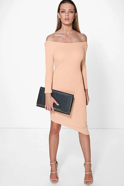 Boohoo Suzy Off The Shoulder Asymmetric Bodycon Dress in blush - Get dance floor-ready in an entrance-making evening...