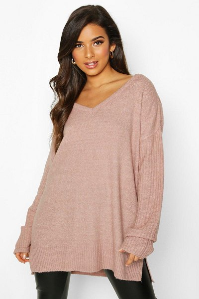 Boohoo Sweater With V Neck Detail Front And Back in blush
