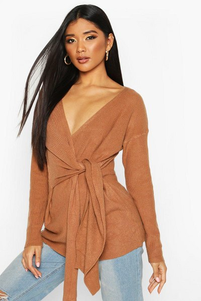 Boohoo Twist Front Slouchy Sweater in chocolate