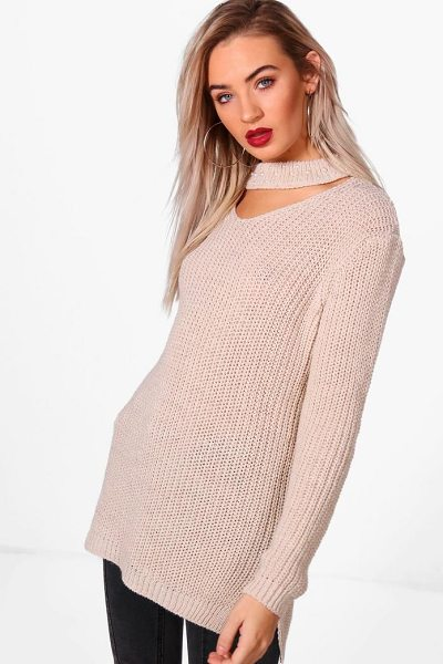 BOOHOO Una Pearl Embellished Choker Jumper - Nail new season knitwear in the jumpers and cardigans...