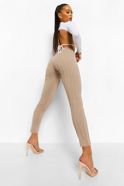 Boohoo V Shape Panelled Seam Detail Leggings in taupe