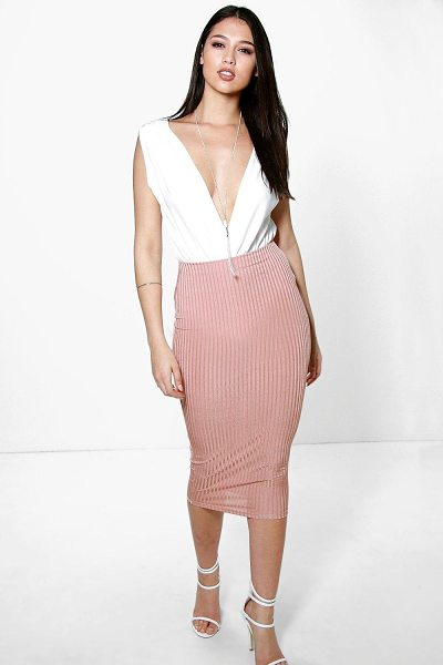Boohoo Willow Slinky Rib Midi Skirt in blush - Party with your pins out in a statement evening...