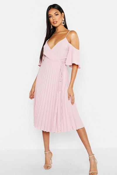 Boohoo Woven Shoulder Pleated Midi Skater Bridesmaid Dress in blush