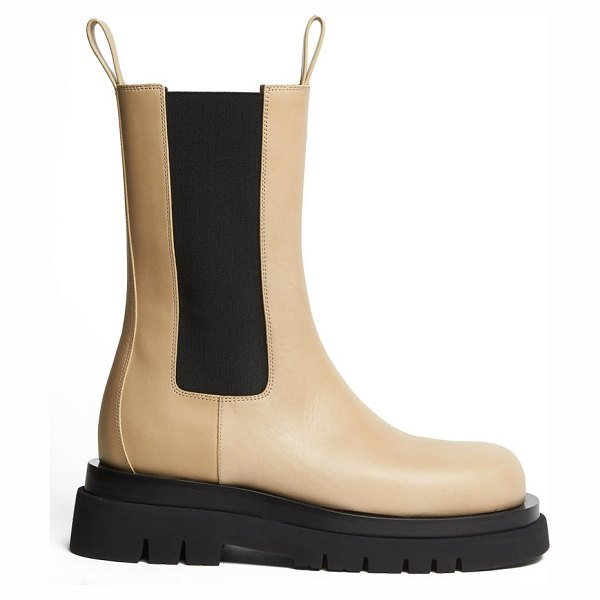 Bottega Veneta the lug leather boots in light beige