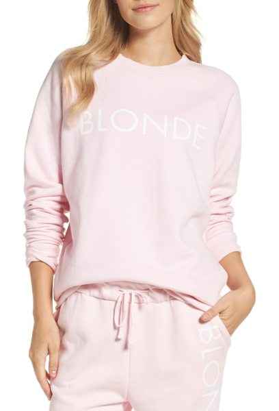 BRUNETTE the Label blonde crewneck sweatshirt in pink - No matter your hair color, you'll feel comfy and cozy in...