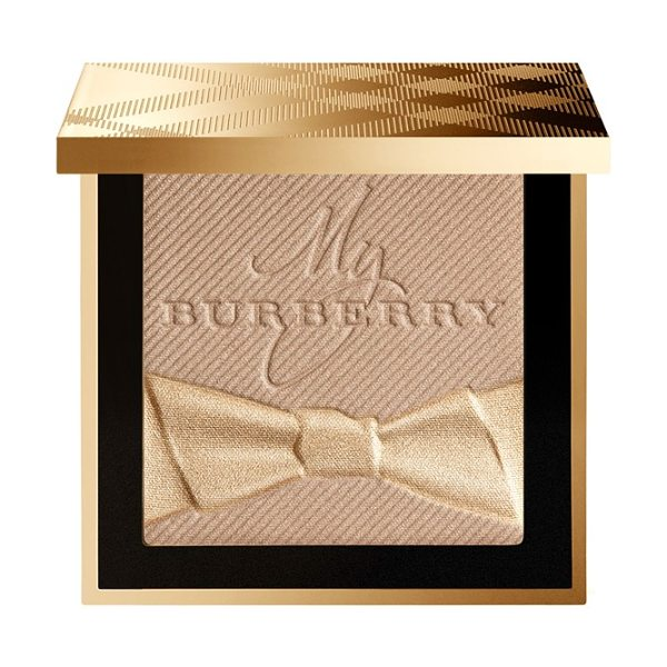 Burberry Beauty festive powder in no. 01 gold shimmer - What it is: Playful shimmer dust that can be applied to...
