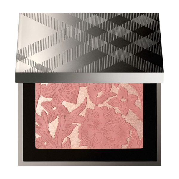 BURBERRY my burberry blush palette - What it is: A limited-edition illuminating face powder...