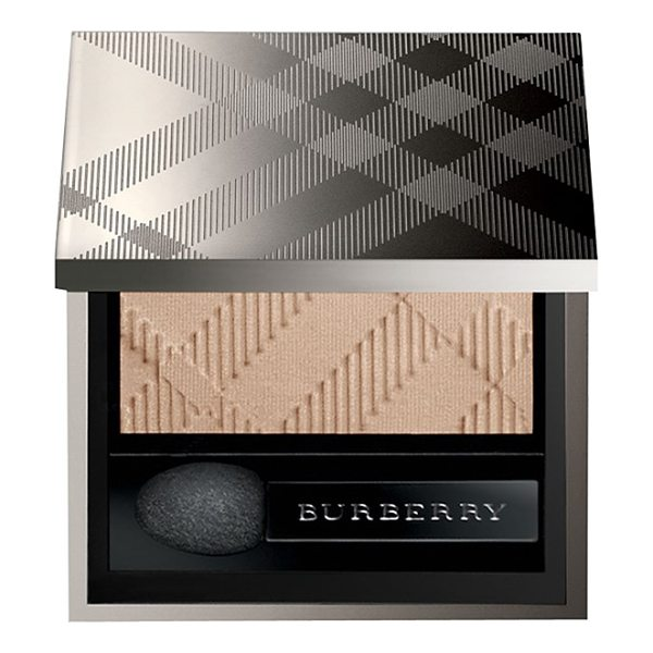 Burberry Beauty Sheer eyeshadow in no. 02 trench