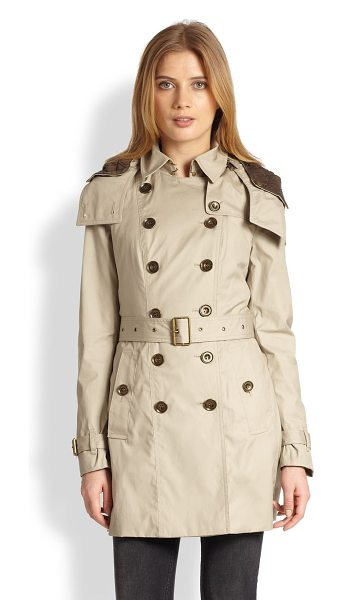 Burberry Brit Reymoore trenchcoat in taupe - A signature Burberry Brit trench, replete with sartorial...