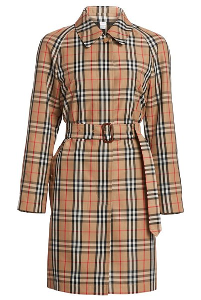 Burberry kempton vintage check car coat in archive beige check - The iconic vintage check print adorns this chic car coat...
