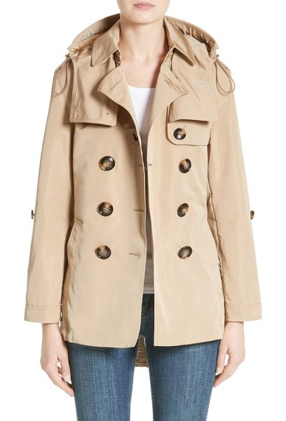 Burberry knightsdale trench coat in honey - Trench-inspired design elevates a utility anorak...
