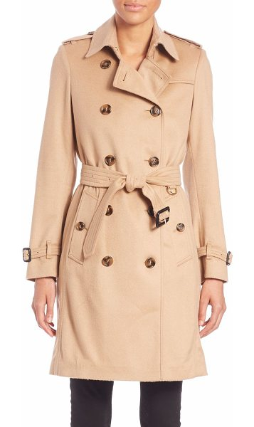 Burberry London Kensington camel cashmere trench coat in camel - Classically styled double-breasted trench coatSpread...