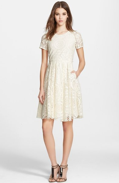 Burberry London velma short sleeve lace fit & flare dress in parchment - Exquisite lace enhances the ultrafeminine appeal of this...