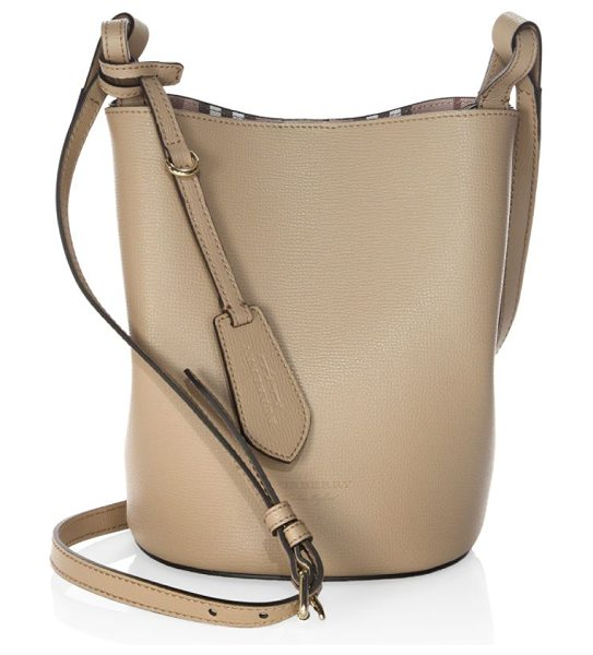 BURBERRY lorne leather hobo bag in camel - Leather hobo bag with printed lining. Removable...