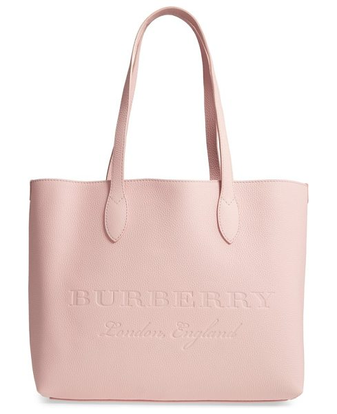 BURBERRY remington leather tote - Clean lines underscore the minimalist design of a...