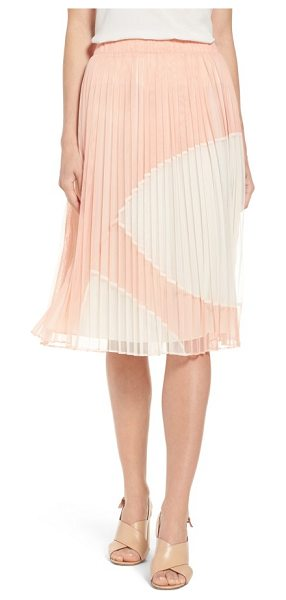 Catherine Catherine Malandrino francis pleat tulle skirt in mellow rose - Unexpectedly fashioned from airy tulle, a crisply...
