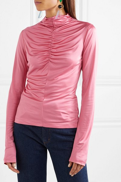 CÉDRIC CHARLIER ruched satin-jersey top in pink
