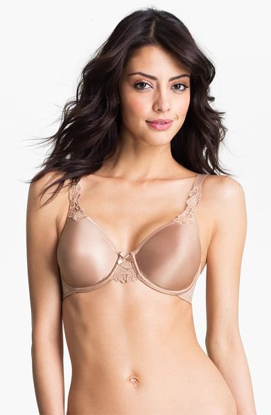Chantelle 'hedona' seamless underwire bra in beige - Seamless underwire bra is fashioned with just the right...