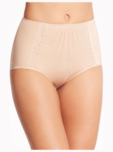 Chantelle shape light full brief in nude