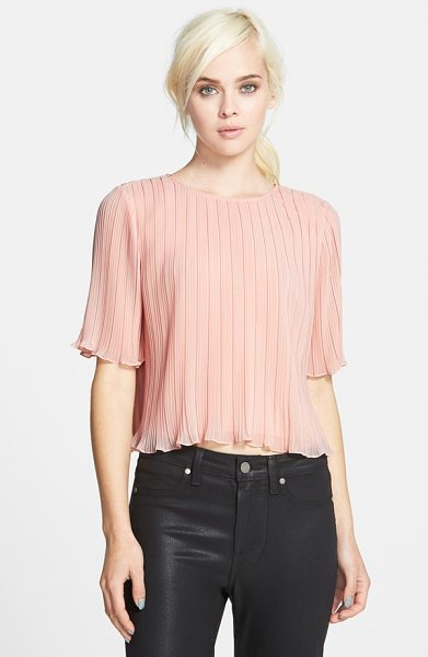 Chelsea28 short sleeve pleated top in pink peach