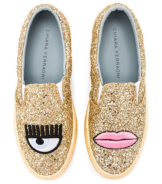Chiara Ferragni Logomania Slip On in metallic gold - Glittered upper with rubber sole. Slip-on styling....