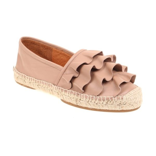 Chie Mihara plegio slip-on in tan - Tiers of sweet leather ruffles embellish a versatile...